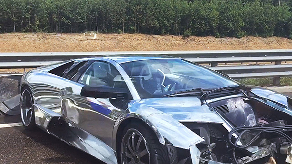 Lamborghini Murcielago Crash Aftermath