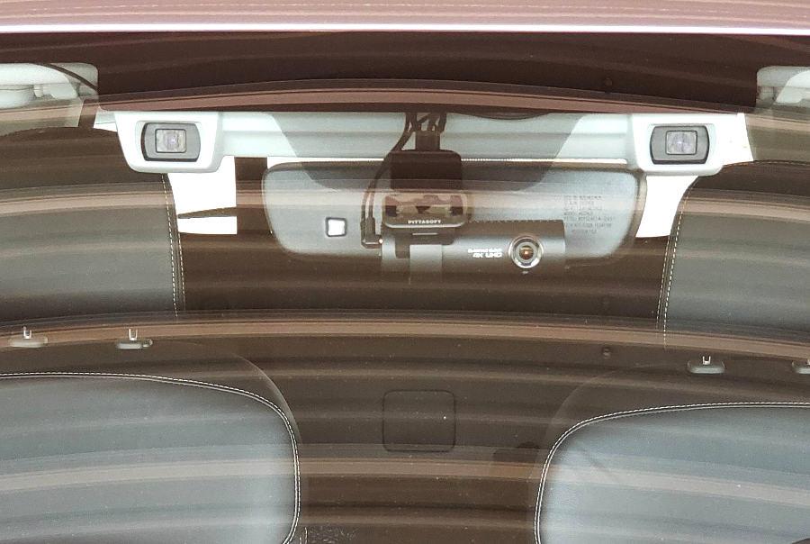 BlackVue Dash Cam in Subaru Forester