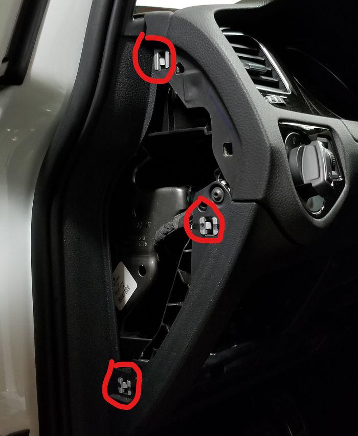 VW Gold Fuse Panel